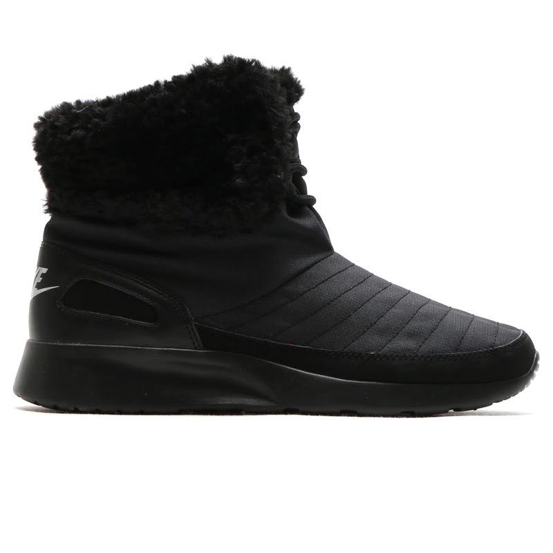 dbe19f0bff8 Дамски зимни маратонки / боти Nike Kaishi, Black